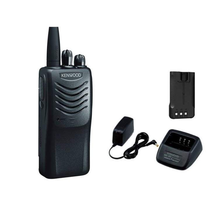 Two-way radio with 16 channels from Kenwood TK-3000
