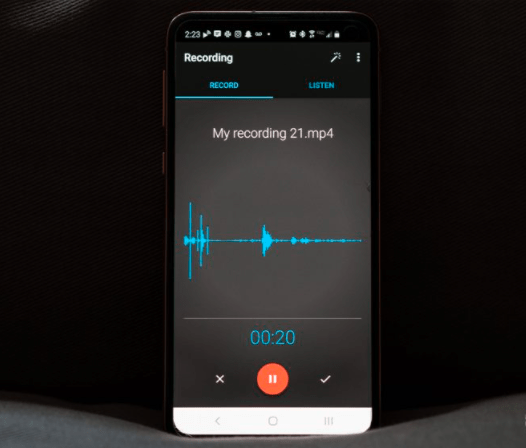 Audio recording application with noise reduction