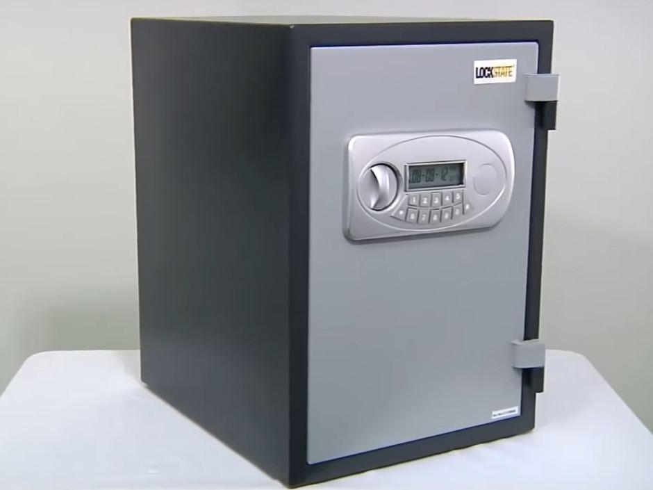 cheap fireproof safe