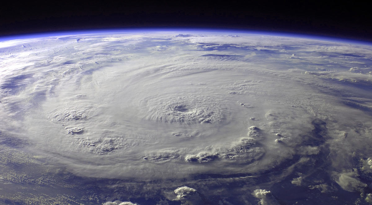 Hurricane Safety and Information for Adults and Children | Safe Stars