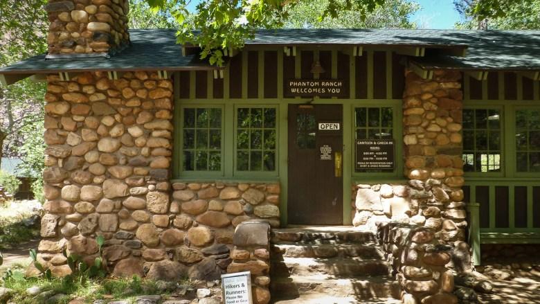 Die Canteen der Phantom Ranch - Treffpunkt für Hiker, Rafter und Mule Rider