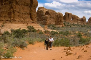 Double Arch Trail