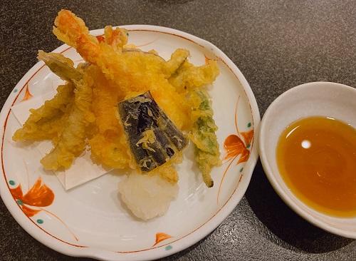 すしざんまいの天ぷらの盛合わせ