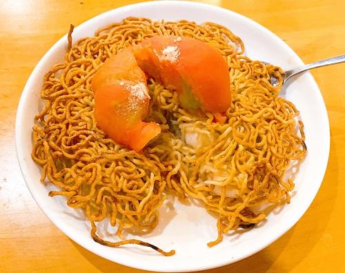 中華料理 帆のエビとトマトの両面かた焼きソバの中身