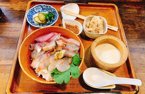 田吾作の海鮮丼