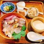 閑静な住宅地の中にポツンとある田吾作さん!生け簀から獲った魚をそのまま捌く料理が人気です☆