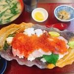 もはや丼でさえないw!とれたて食堂オススメのとれたて丼と天ぷら盛り合わせ♡