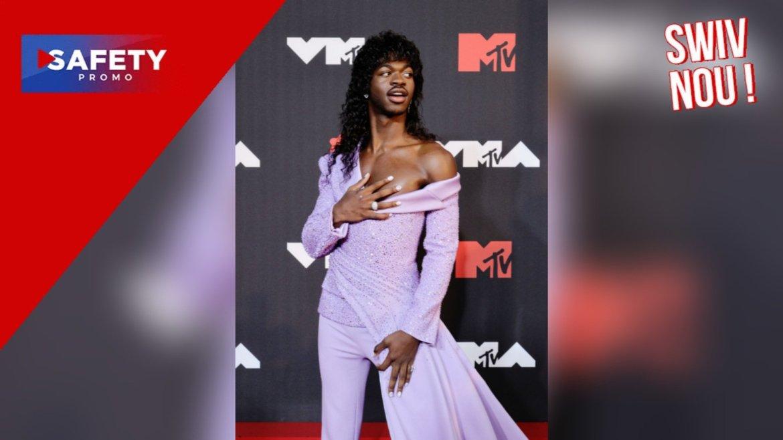Lil Nas X finit en boxer aux MTV Video Music Awards