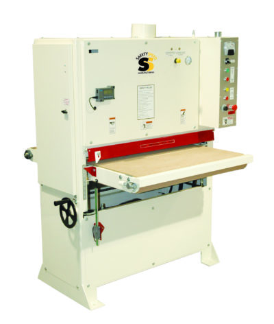 Wide belt sander. High quality panel processing machinery