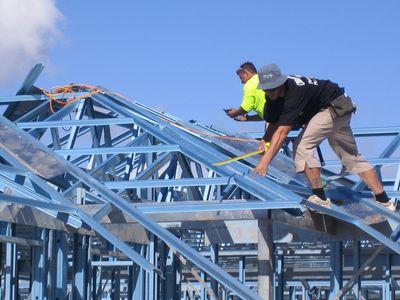 Roof Steel Truss Installation