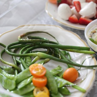 Easy summer entertaining: seasonal & green appetizers