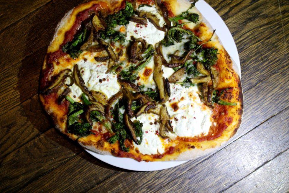 mushroom pizza 2