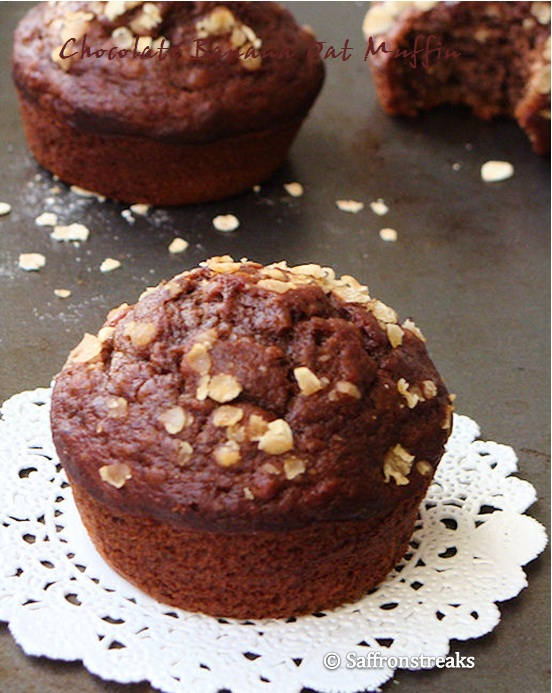 chocolate banana oat muffins