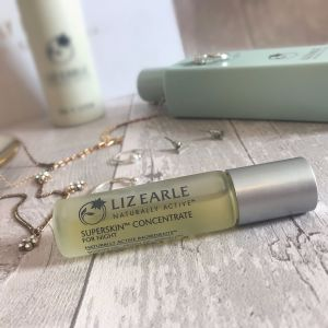 Liz Earle Superskin™ Concentrate for Night