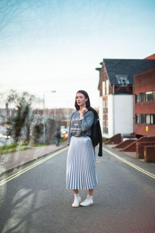 One skirt worn three ways - The pleated skirt