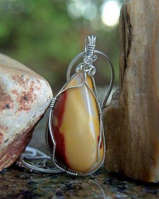 Sturdy color stone, Mookaite Jasper necklace