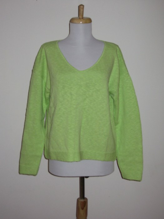 100% Cotton Slub Yarn Cropped V Neck All Colors Available