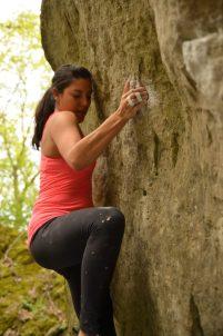 Cristina bouldering 2