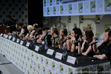game-of-thrones-panel-cast-01-530x353
