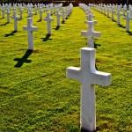 【墓の墓場】はこれからどうなる?無縁墓の処分数や増加の問題