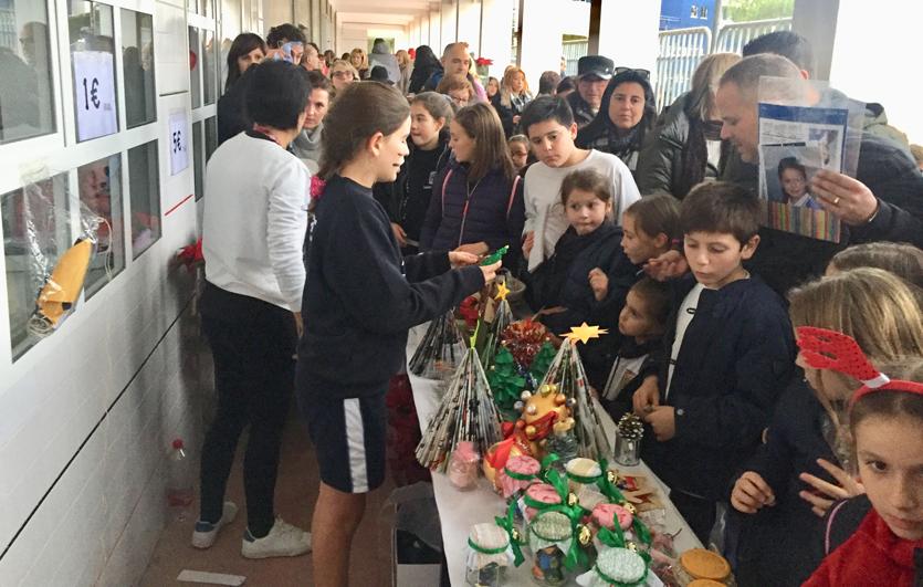 Mercadillo-Navideño-Colegio-Sagrada-Familia-de-Elda