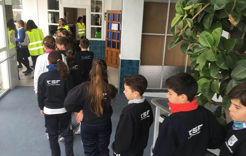 Simulacro-de-incendio-Colegio-Sagrada-Familia-de-Elda