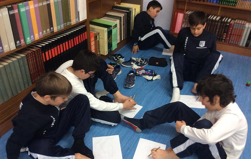 Taller-Podología-Colegio-Sagrada-Familia-de-Elda
