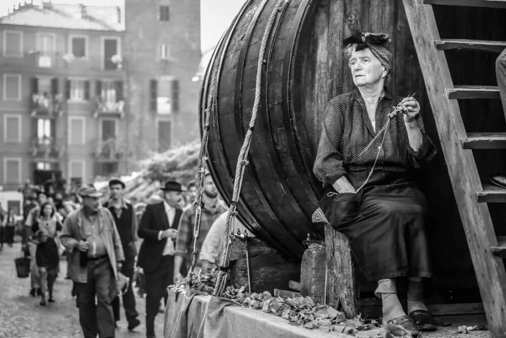 Tradizione durante la sfilata delle sagre di Asti