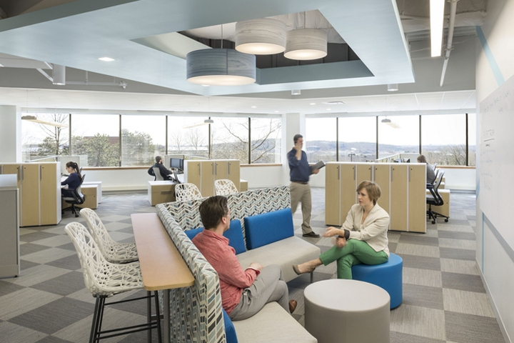 Lionbridge-Technologies-offices-by-Stantec-Architecture-Waltham-Massachusetts.jpg