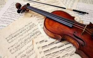 11 Jenis Alat Musik Melodis Beserta Penjelasan dan Gambarnya