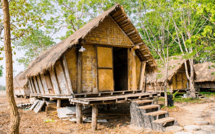 Sahabatnesia - Rumah Adat Indonesia