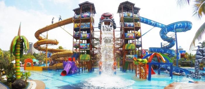 Wisata Balikpapan Carribean Island Waterpark.