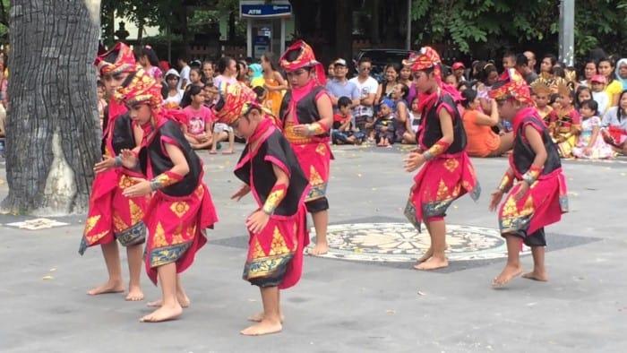 Nama Tarian Daerah di Indonesia