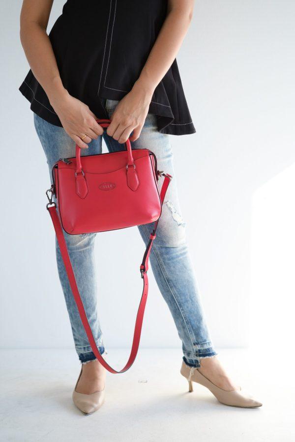 Elle Bag ELLE Bag กระเป๋าคาดอกคาดอก/เอว ทำจากหนังวัวแท้ 100% เนื้อเรียบ EWH116