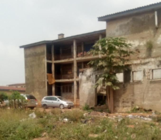 Oda barracks, Adekunle Ajasin road, Akure 5