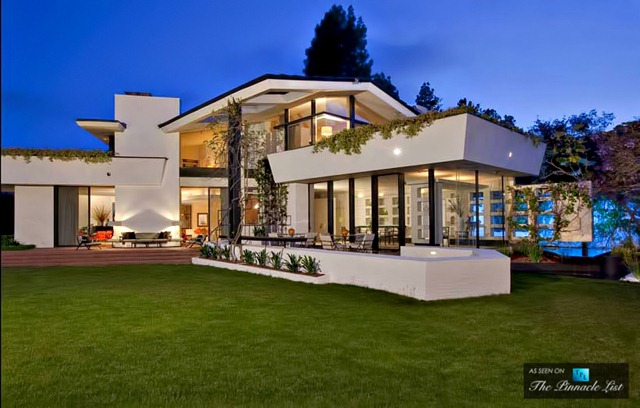 20-Ellen-DeGeneres-Brody-House-Residence-–-Holmby-Hills-Los-Angeles-CA