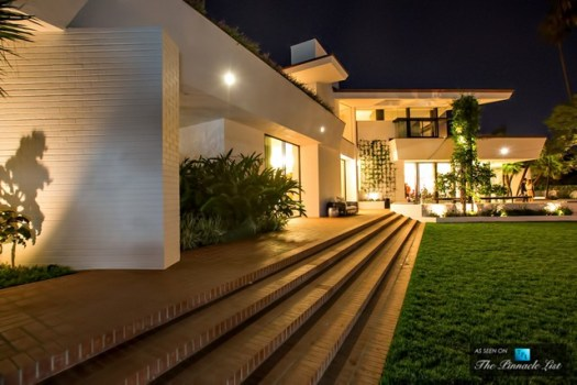 28-Ellen-DeGeneres-Brody-House-Residence-–-Holmby-Hills-Los-Angeles-CA