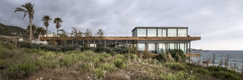 542592c0c07a809a0e00013f_amchit-residence-blankpage-architects_sr-ext6-1000x334