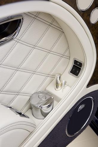 Bentley UAE Mulsanne Majestic-Interior-3-Med Res