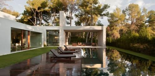 001-el-bosque-house-ramon-esteve-estudio-1050x516