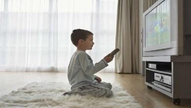 Photo of دراسة مثيرة للجدل تربط مشاهدة التلفاز بأعراض تشبه التوحد لدى الأطفال