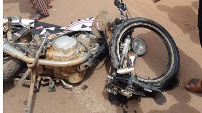 Accident de circulation : deux personnes renversées par un car de transport à Fana