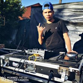 De'KeaY ft Geraldo The Vocalist - Ndiyaziva