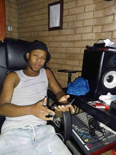 DJ M2C - Woza