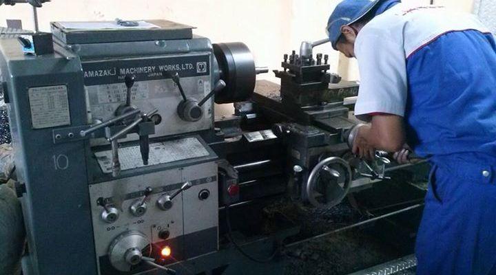 Pemeliharaan Mesin Pabrik