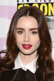 lily-collins-brown-eyeliner-red-lipstick-h724