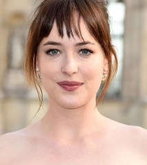 dakota-johnson-makeup-03_zpsorl5cjir