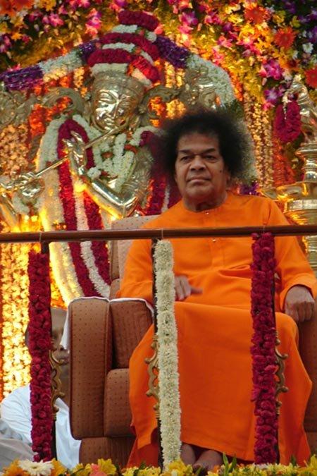 Sathya Sai Baba Miracles The Kailas Committee