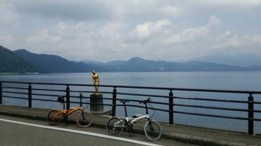 車載して田沢湖周辺でサイクリング