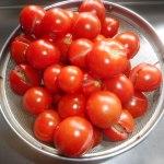 ミニトマト(1):長雨で実が割れる
